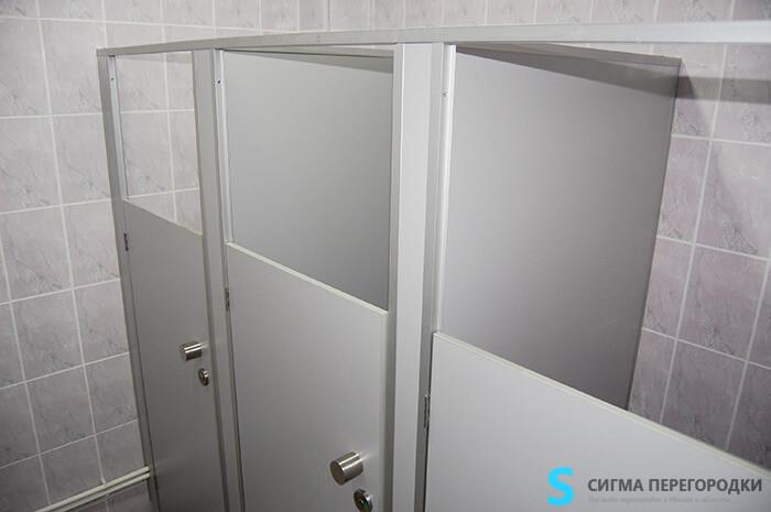туалетные кабины для школы